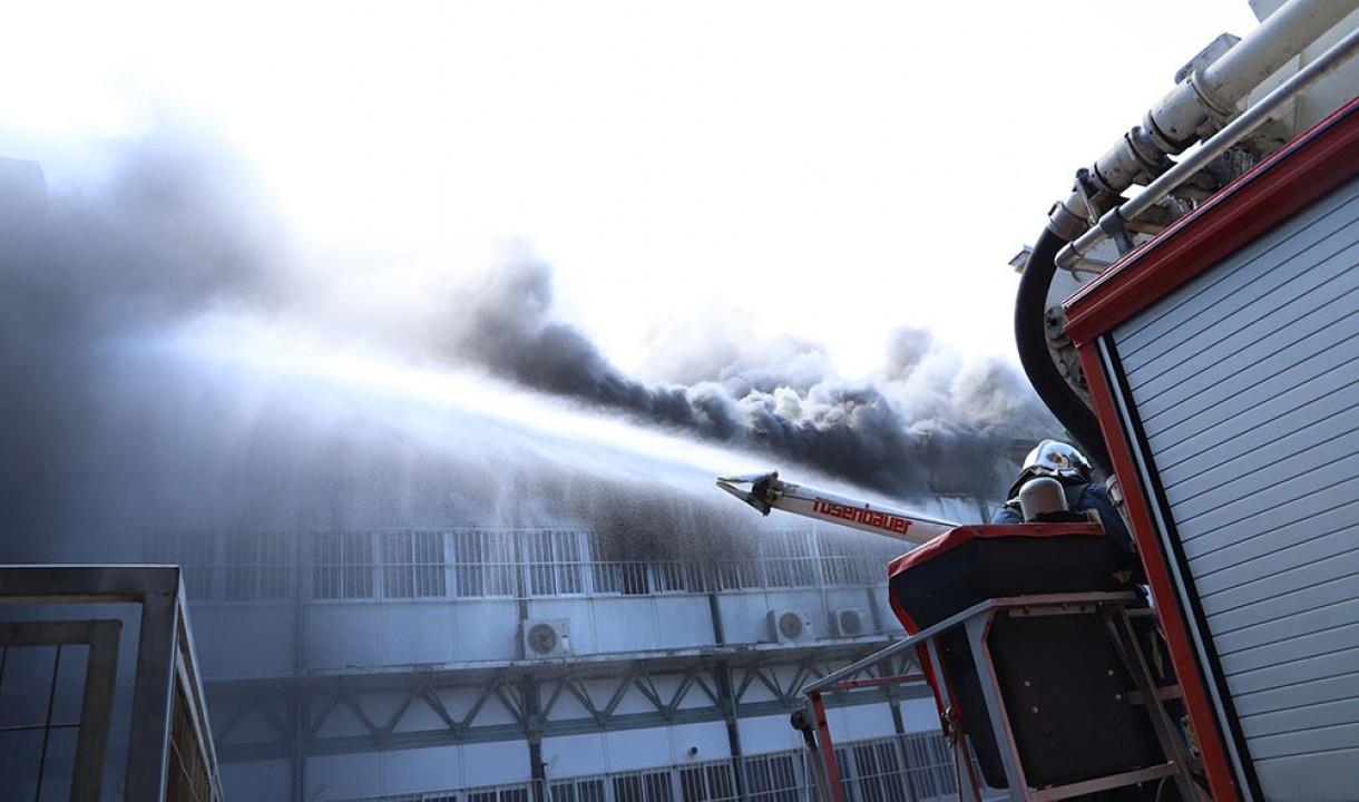 Μεγάλες καταστροφές στο πανεπιστήμιο Κρήτης από την πυρκαγιά – Το πρώτο βίντεο από το εσωτερικό του κτιρίου