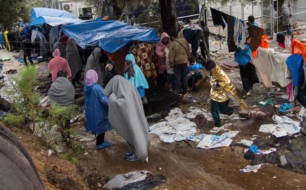 Κοινωνική έκρηξη απειλείται στα νησιά του Αιγαίου