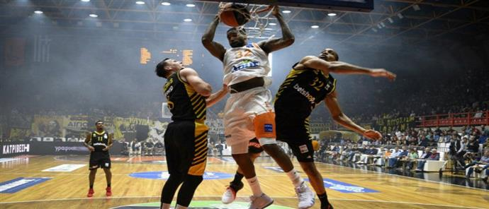 "Basket League: ο Προμηθέας ""βομβάρδισε"" με… τρίποντα την ΑΕΚ"