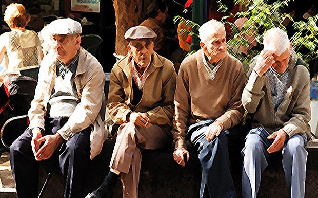 Διαβάστε στο «ΠΑΡΟΝ»: Οι συνταξιούχοι τα θύματα του Πισσαρίδη