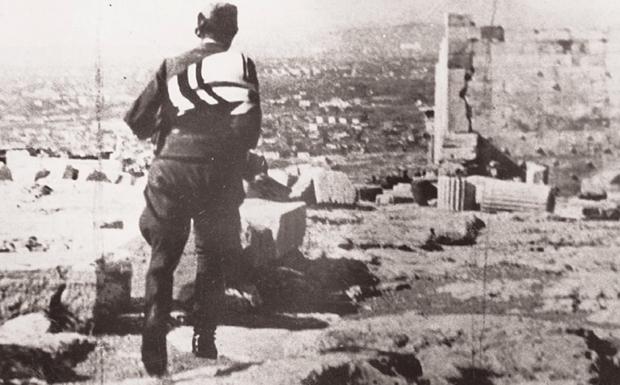 «Οι Γερμανοί φεύγουν, να βάλεις σημαία»