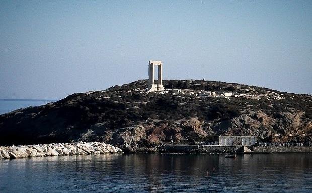 Αυστριακός τουρίστας στη Νάξο: «Έλληνες σκουλήκια, να φύγετε από το νησί. Δεν έχετε λεφτά»