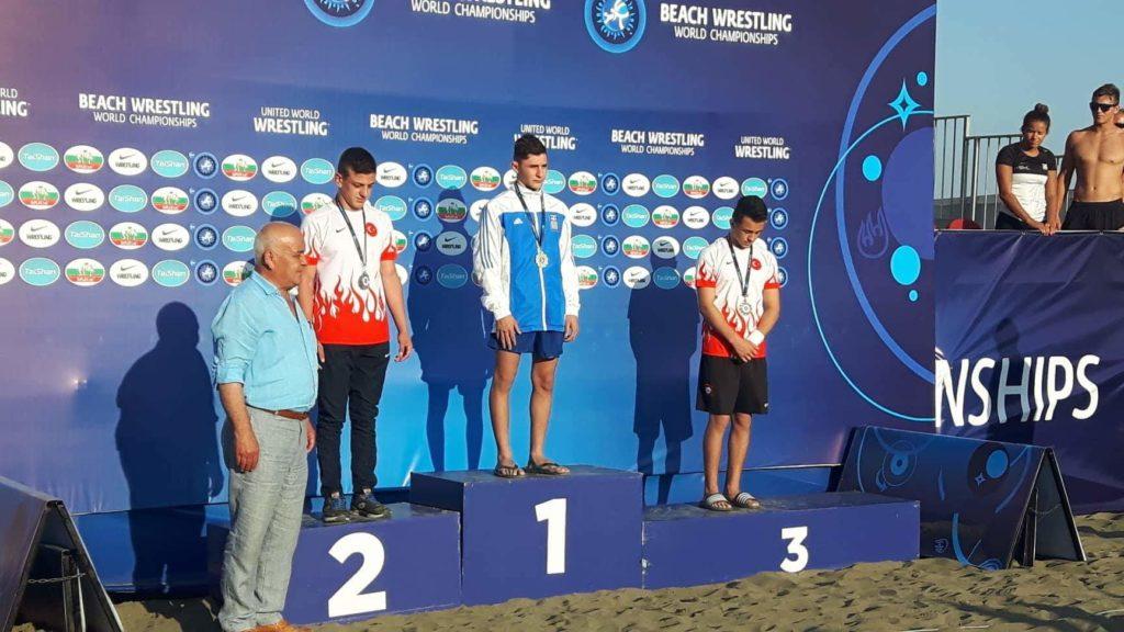 Σάρωσαν τα μετάλλια στο Παγκόσμιο Beach wrestling οι Ελληνες Παλαιστές