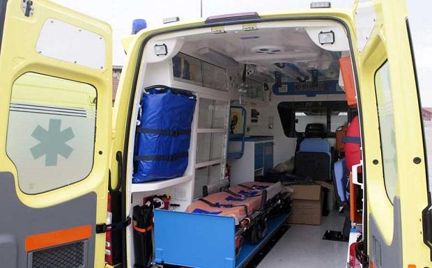 Στη Νίσυρο έφτασε καινούργιο ασθενοφόρο