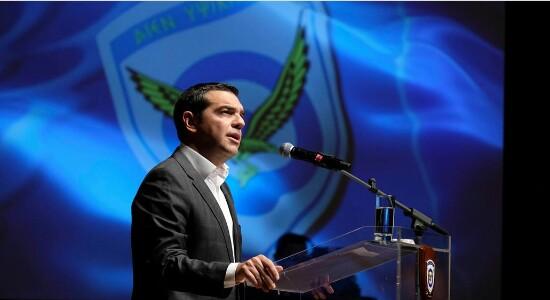 Τσίπρας για αναδρομικά ένστολων: Με νόμο η επιστροφή 820 εκατ. ευρώ