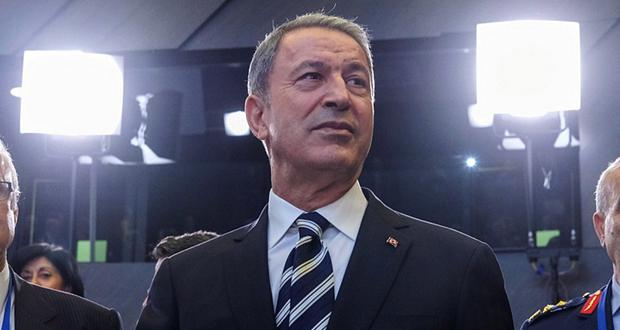 Προκαλεί εκ νέου ο Τούρκος υπουργός Άμυνας: Οι Έλληνες κλέβουν την ΑΟΖ της Λιβύης