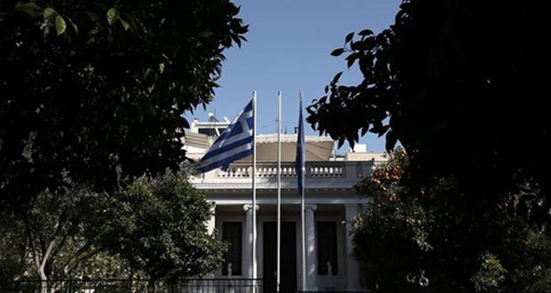 Ευρεία σύσκεψη στο Μαξίμου τη Δευτέρα για τη Σαμοθράκη: Ευθύνεται ο ΣΥΡΙΖΑ για το λιμάνι λέει η κυβέρνηση
