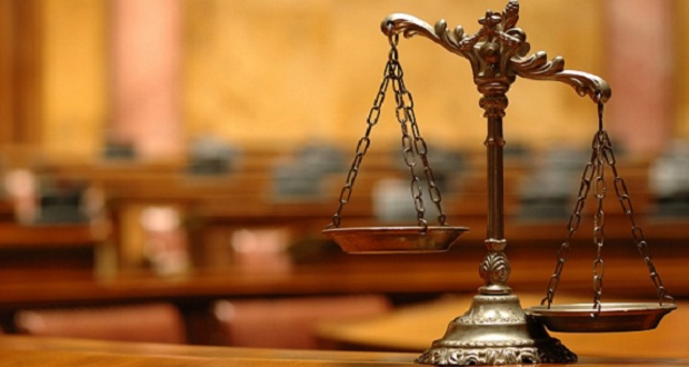 Η Δικαιοσύνη στο σκαμνί…