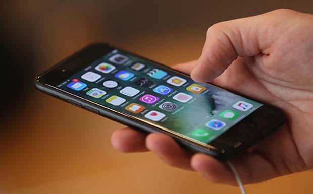 Σε άνοδο οι αγορές μέσω κινητού στην Ελλάδα την εποχή του COVID-19