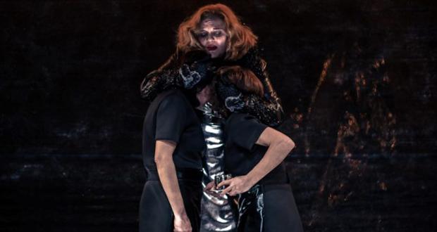 """Θέατρο Τέχνης Καρόλου Κουν: """"Οι Δούλες"""" του Ζαν Ζενέ, επιστρέφουν μόνο για 10 παραστάσεις"""