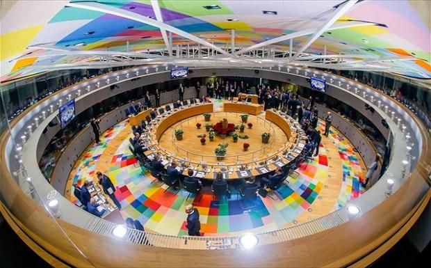 Βρυξέλλες: Αδιέξοδο για Βrexit, αισιοδοξία για Ευρωζώνη