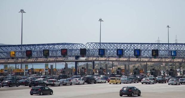 Αδειάζει η Αθήνα – 133.592 αυτοκίνητα έφυγαν χθες από την πρωτεύουσα