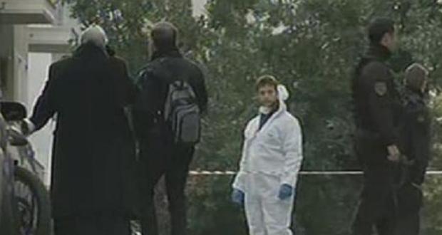 Έκρηξη στο Κολωνάκι – Τραυματίστηκαν ένας αστυνομικός και ο νεωκόρος του Αγ. Διονυσίου