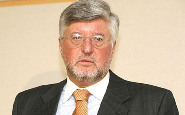 Άλλος ένας πρέσβης ε.τ., ο Αλέξανδρος Μαλλιάς, ετοιμάζεται να μετακομίσει στο Ευρωκοινοβούλιο