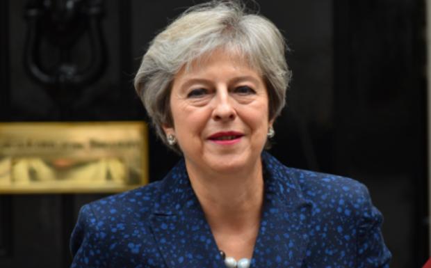 LIVE Brexit: Παραμένει η Τερέζα Μέι στην ηγεσία