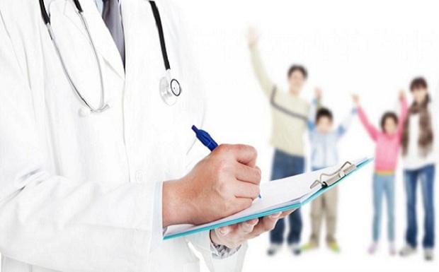 Το υπουργείο Υγείας αναδιπλώνεται για τον οικογενειακό γιατρό