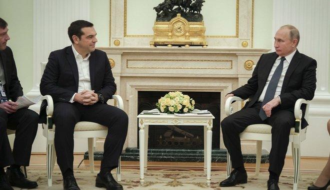 "Tσίπρας σε Πούτιν: ""Η Ελλάδα γέφυρα μεταξύ ΕΕ και Ρωσίας – Δίκαιη η συμφωνία των Πρεσπών"""