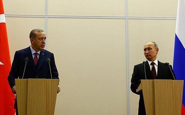 Πούτιν – Ερντογάν: 100 δισ. δολ. η προίκα του ρωσοτουρκικού γάμου