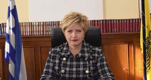 H Μαρία Κόλλια-Τσαρουχά εξηγεί στη Βουλή γιατί δεν δίνει ψήφο εμπιστοσύνης στην κυβέρνηση Τσίπρα
