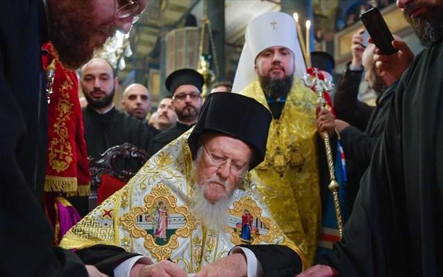 Βαρθολομαίος: Υπέγραψε την Αυτοκεφαλία της Εκκλησίας της Ουκρανίας