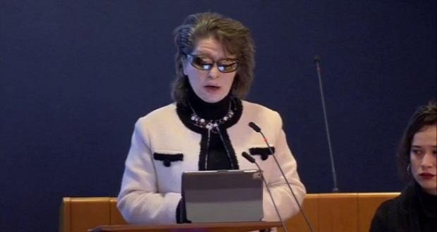Κ. Κούνεβα: Έως πότε ο αποκλεισμός των γυναικών από τις διευθυντικές θέσεις;