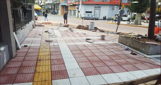 Νέα πεζοδρόμια στα Καμίνια από τον Δήμο Πειραιά