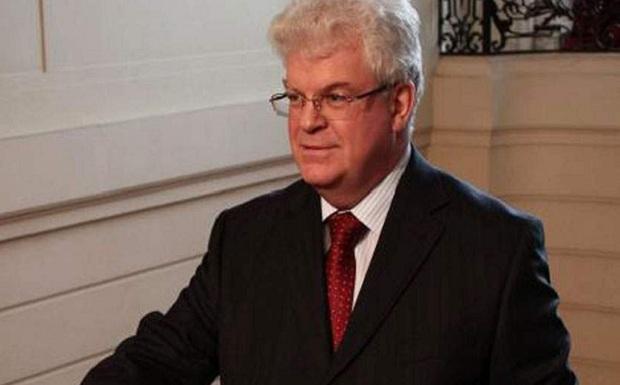 Ο ρώσος πρέσβης στην ΕΕ αποκαλύπτει: Ο αμερικανός πρέσβης στα Σκόπια πίεσε τρεις βουλευτές, που εξέτιαν ποινές και αφέθηκαν ελεύθεροι, να ψηφίσουν «σωστά»!