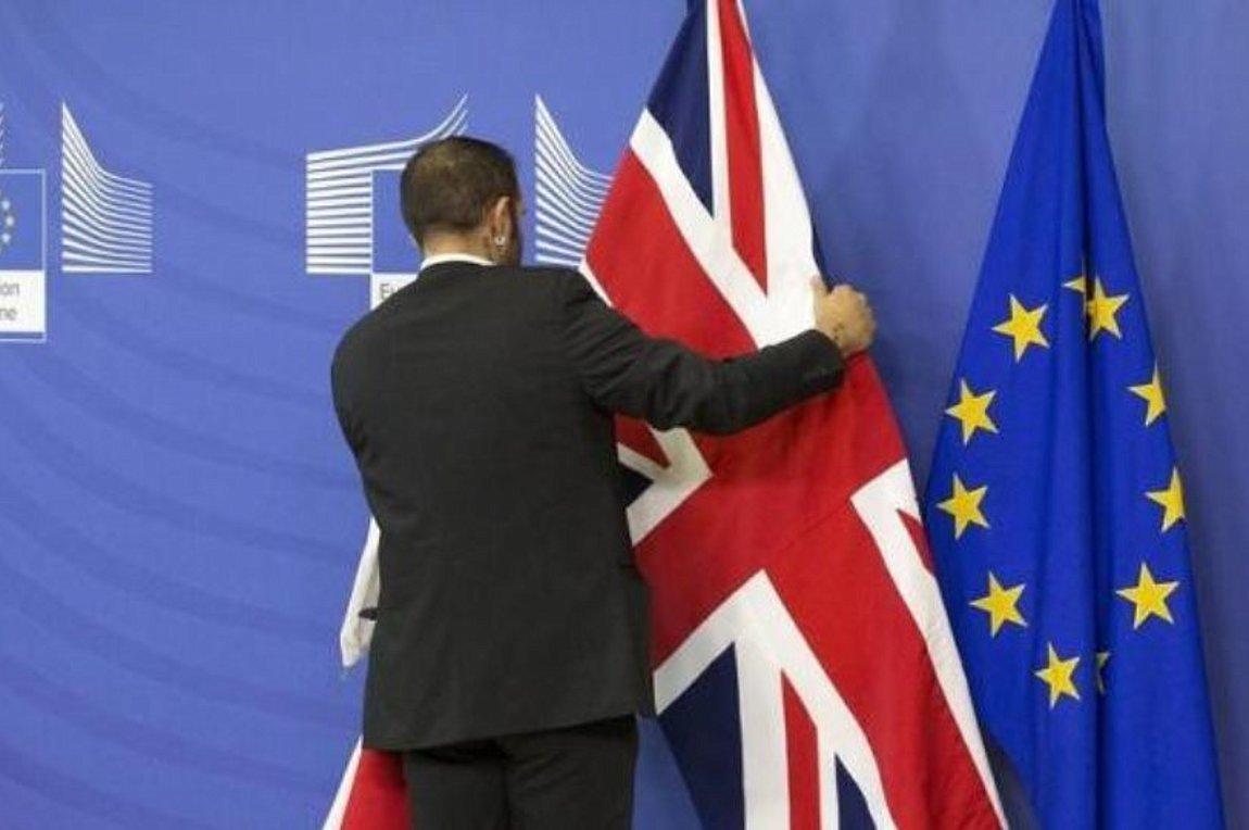 Ανατροπή: Νέα ημερομηνία για Brexit η 7η Μαΐου, αν το Λονδίνο ψηφίσει τη Συμφωνία έως 11/4