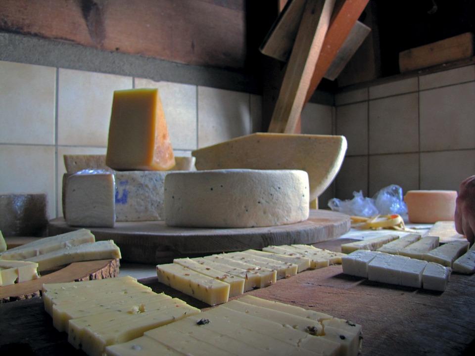 ΕΦΕΤ: Υποχρεωτική η αναγραφή της προέλευσης του γάλακτος στην επισήμανση των γαλακτοκομικών προϊόντων