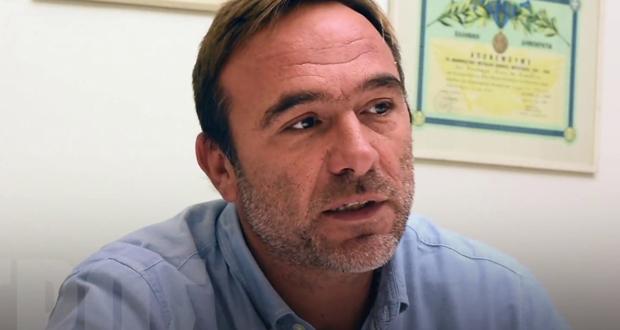 Σημεία συνέντευξης του Πέτρου Κόκκαλη στο δημοτικό ραδιόφωνο του Πειραιά «Κανάλι Ένα 90,4 fm»
