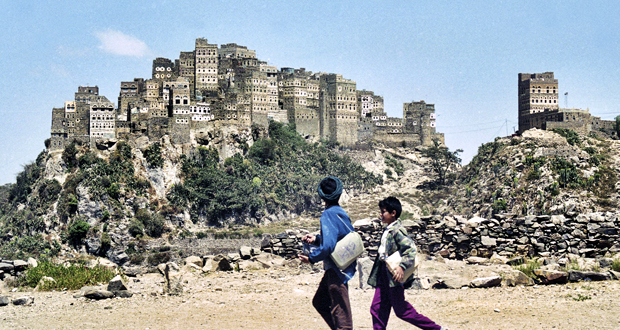 Έκθεση Φωτογραφίας του Λάμπρου Λιάβα: ΥΕΜΕΝΗ – ΠΡΟΣΩΠΑ. Η «Ευδαίμων Αραβία» πριν τον εμφύλιο!
