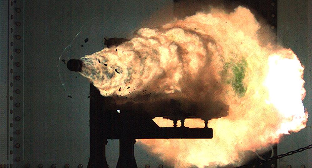 Εντυπωσιακές εικόνες: Τουρκία και Κίνα έκαναν δοκιμές με ηλεκτρομαγνητικά όπλα (βίντεο)