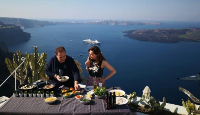 """Το """" My Greece"""" με την Δέσποινα Βανδή ταξιδεύει στη Σαντορίνη"""