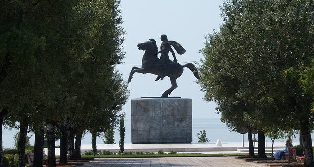 Ν. Γ. Χαριτάκης: «Γόρδιος δεσμός»