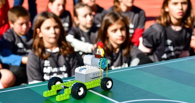 Αθλητικές Ακαδημίες ΟΠΑΠ: Τα παιδιά «σκοράρουν» στη ρομποτική – Πώς μπορεί το ποδόσφαιρο να συνδυαστεί με την τεχνολογία