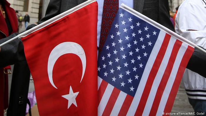Π. Νεάρχου: Κρίση στις σχέσεις Άγκυρας – Ουάσινγκτον και οι ελληνο-τουρκικές σχέσεις