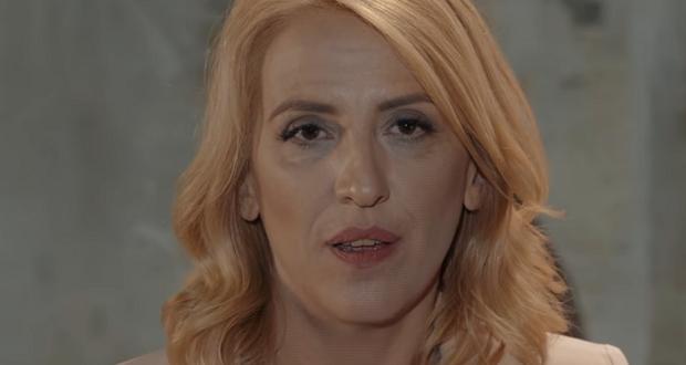 Η Ρένα Δούρου προκαλεί τον Γιώργο Πατούλη σε debate αδιαμεσολάβητα μπροστά στους πολίτες (βίντεο)