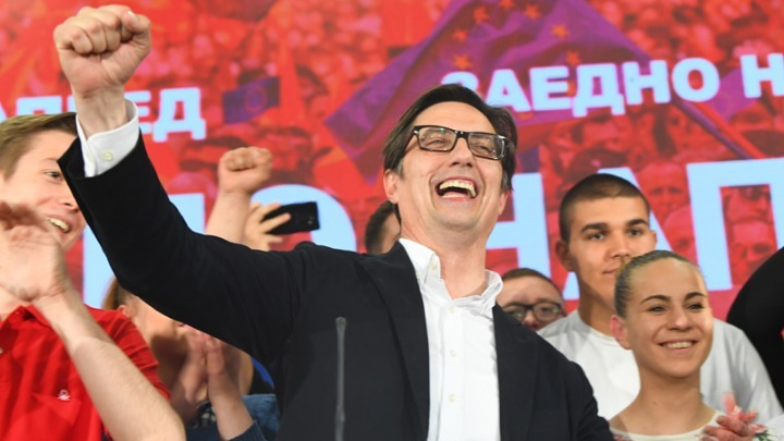 Βόρεια Μακεδονία: Ο Στέβο Πεντάροφσκι νικητής των προεδρικών εκλογών