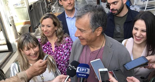 Στ. Θεοδωράκης: Αν Τσίπρας και Μητσοτάκης βγουν ενισχυμένοι, η ζωή μας θα είναι ένας συνεχής εμφύλιος