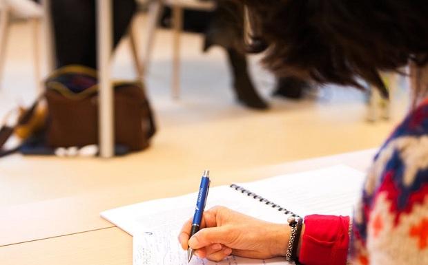 Πανελλήνιες εξετάσεις: Βοηθήστε τα παιδιά σας να ξεπεράσουν το άγχος