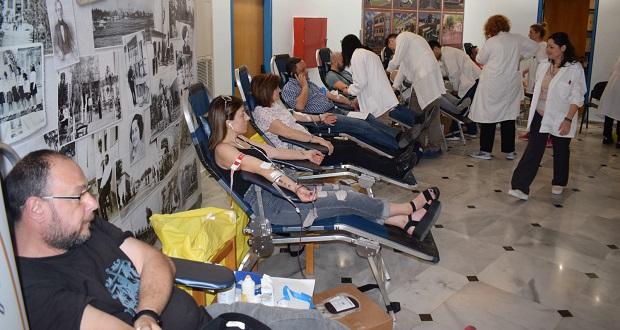 Μεγάλη ενίσχυση στην Τράπεζα Αίματος του Δήμου Ιλίου από την εθελοντική αιμοδοσία