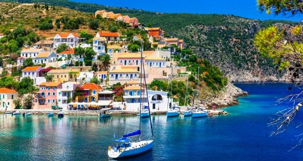 Πριν από λίγες μέρες ο διάσημος οδηγός ταξιδιών «Conde Nast Traveller» δημοσίευσε αφιέρωμα για τις 25 πιο γοητευτικές μικρές πόλεις της Ευρώπης…