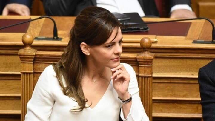 Αχτσιόγλου: Η μείωση της φορολογίας των επιχειρήσεων ήδη εφαρμόζεται από την αρχή του 2019!
