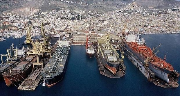 Για εμπορικά κέντρα και αποθήκες ξεπουλιέται το Ναυπηγείο του Σκαραμαγκά