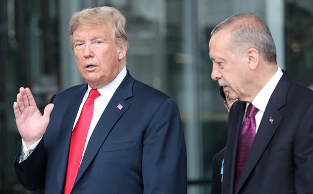 Η επίσκεψη Ερντογάν στην Ουάσινγκτον – Εμβαλωματικές λύσεις για να αποφευχθεί η πλήρης ρήξη