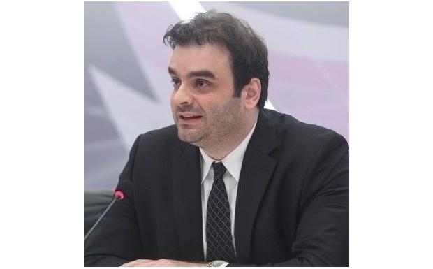 Πιερρακάκης: Γιατί δεν στάλθηκαν SMS του 112 για τη φωτιά στον Υμηττό