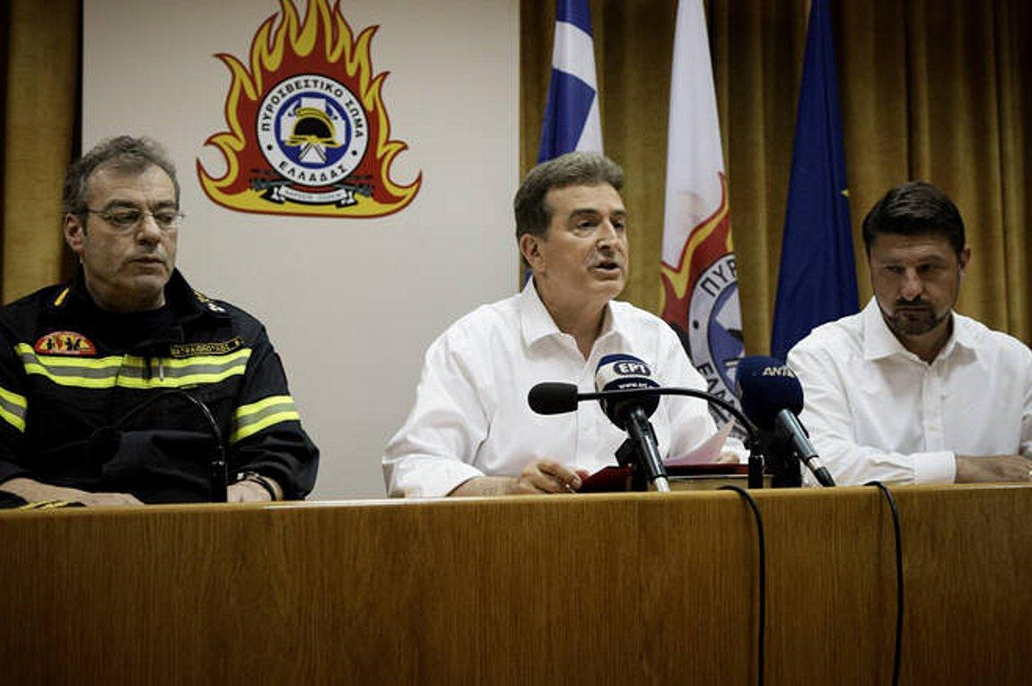 Χρυσοχοΐδης: Με εντολή πρωθυπουργού, δεν θα κοιμηθούμε πριν περάσει κάθε κίνδυνος
