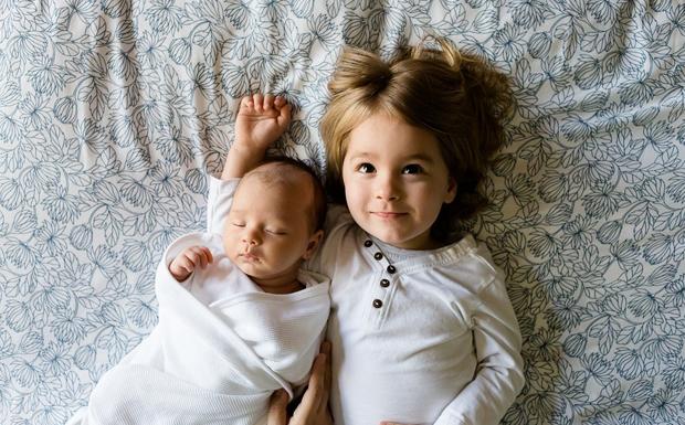 Σε δόσεις θα γεννιέται το παιδί…
