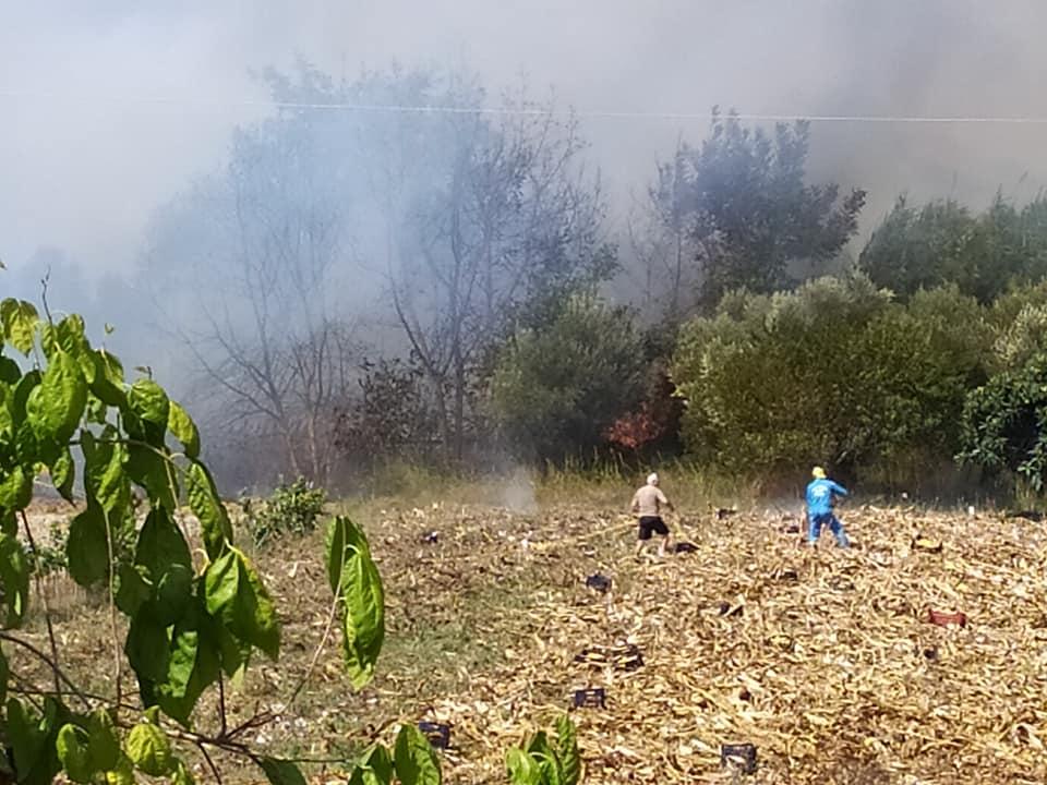 ΦΩΤΙΑ: Εκκενώνονται χωριά στην Κέρκυρα