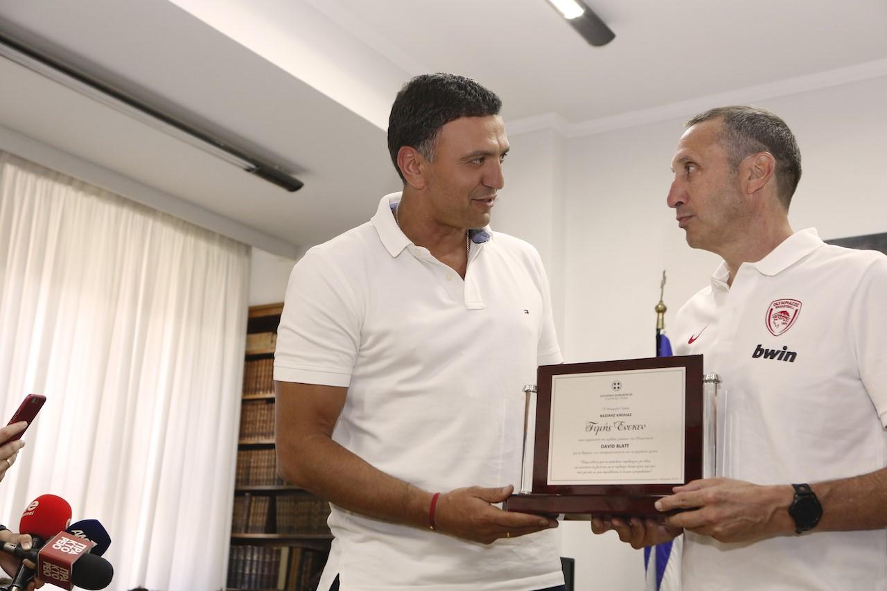 Κικίλιας για Blatt:Τον ευχαριστήσουμε μέσα από την καρδιά μαςγια τη γενναιοδωρία του – Αποτελεί πλέον παράδειγμα στην Ελλάδα
